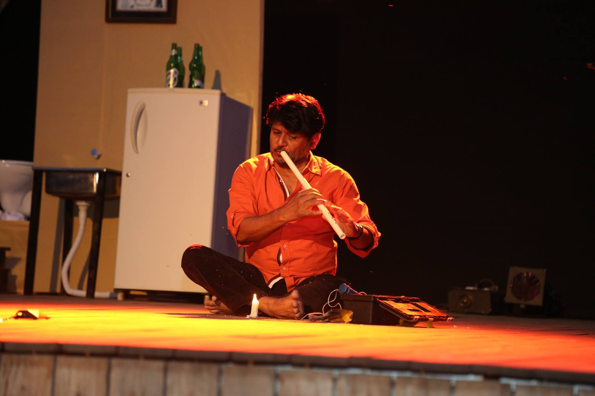 actor raghuveer yadav the aryan school (2)